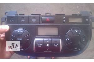 б/у Блоки управления печкой/климатконтролем Toyota Rav 4
