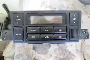 б/у Блок управления печкой/климатконтролем Hyundai Tucson