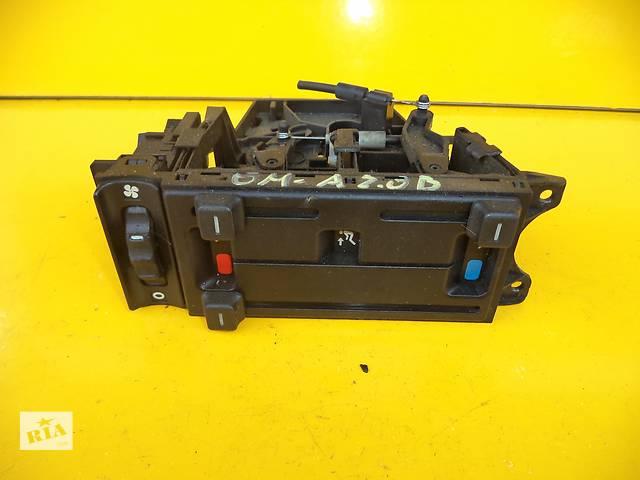 купить бу Б/у блок управления печкой/климатконтролем для легкового авто Opel Omega A (86-94) в Луцке