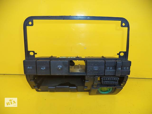 бу Б/у блок управления печкой/климатконтролем для легкового авто Volkswagen Jetta (92-98) в Луцке