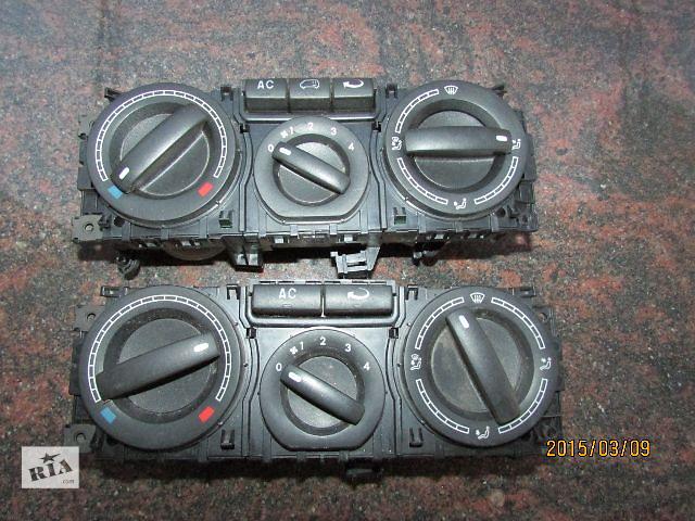 продам Б/у блок управления печкой/климатконтролем для легкового авто Volkswagen T5 (Transporter) 2008 бу в Хусте