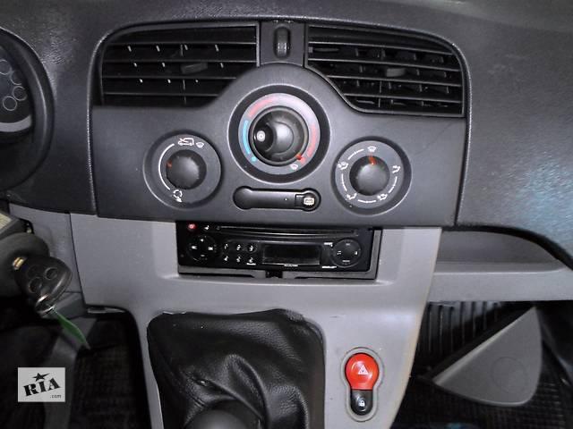 купить бу Б/у Блок управления печкой/климатконтролем Renault Kangoo Рено Канго Кенго 1,5 DCI К9К B802, N764 2008-2012 в Луцке