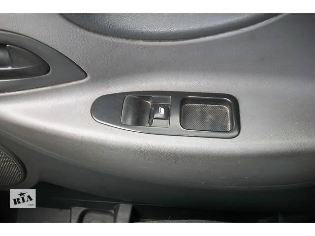 бу Б/у блок управления стеклоподьёмниками Фиат Фіат Скудо Fiat Scudo с 2007- в Ровно