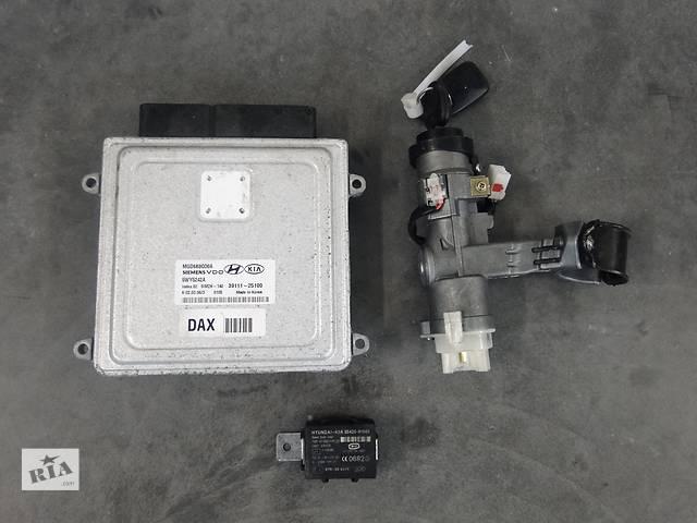 бу Б/у блок управління двигуном для легкового авто KIA Magentis 2.0 16V 5WY5242A ,39111-25100 в Львове