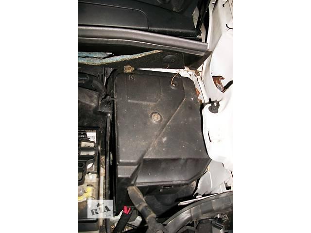 купить бу Б/у Блок запобіжників предохранителей Renault Kangoo Рено Канго Кенго 1,5 DCI К9К B802, N764 2008-2012 в Луцке
