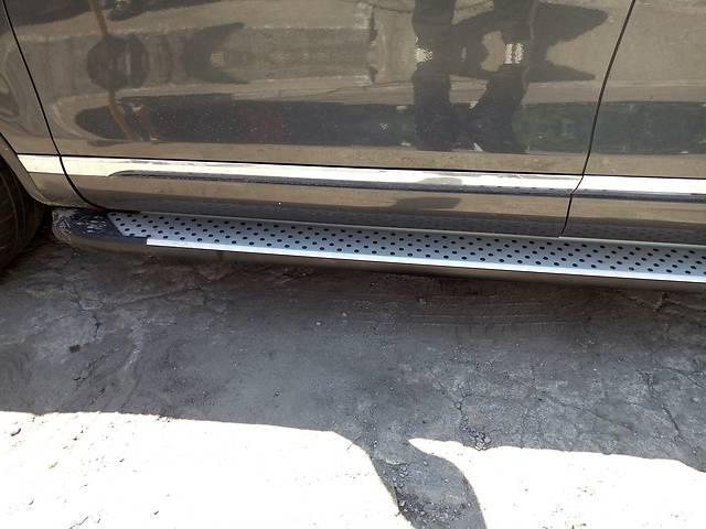 продам Б/у боковые пороги, подножки для легкового авто Volkswagen Touareg бу в Киеве