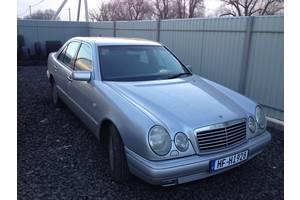 б/у Брызговики и подкрылки Mercedes 210