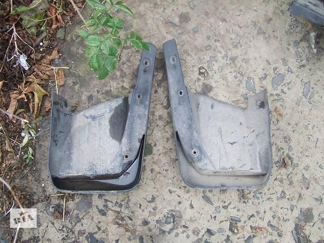 продам Б/у брызговики и подкрылки для легкового авто Honda CR-V бу в Ровно