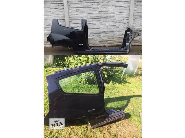купить бу Б/у четверть автомобиля для легкового авто Citroen C2 в Львове