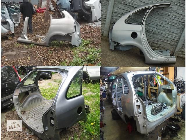 купить бу Б/у четверть автомобиля для легкового авто Citroen Xsara Picasso в Львове