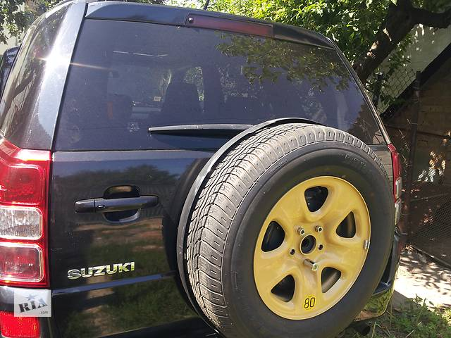 бу Б/у четверть автомобиля для легкового авто Suzuki Grand Vitara (5d) в Киеве