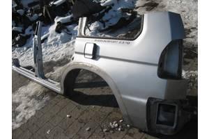 б/у Четверти автомобиля Mitsubishi Pajero Sport