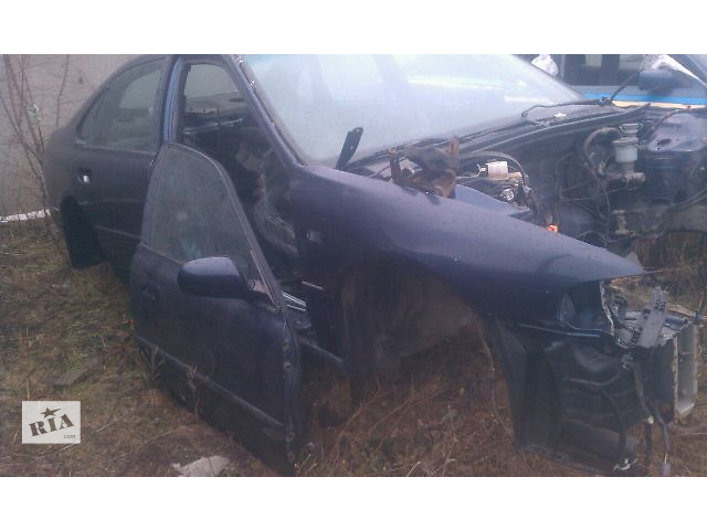 купить бу Б/у четверть автомобиля передняя правая для седана Honda Accord СС7 1993-1995 в Николаеве