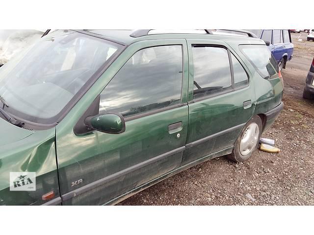 продам Б/у четверть автомобиля для универсала Peugeot 306 бу в Ровно