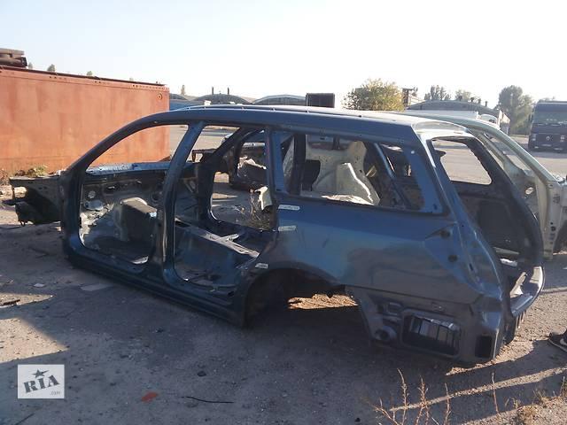 купить бу Б/у четверть автомобиля для универсала Subaru Legacy Wagon в Днепре (Днепропетровске)