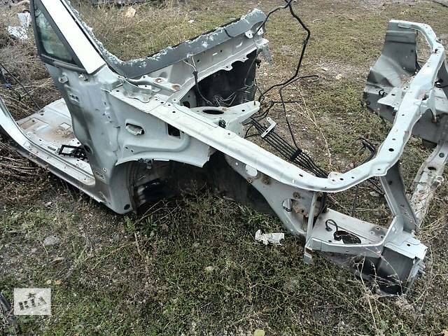 Б/у четверть автомобиля передняя правая 53701-48010 для кроссовера Lexus RX 300(I) 2002г- объявление о продаже  в Николаеве