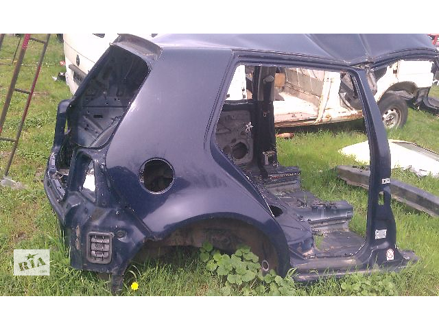 бу Б/у четверть задняя правая для хэтчбека Volkswagen Golf IV 2003 в Киеве