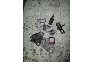 б/у Датчики и компоненты Toyota Previa