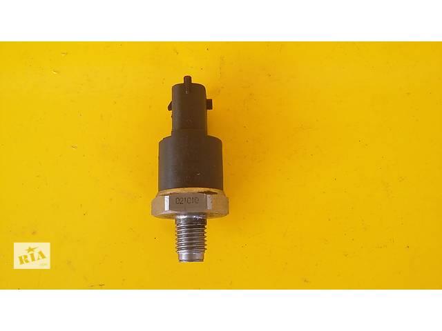 Б/у датчик давления топлива в рейке для легкового авто Opel Combo (1,7 TDCi)(04-...)- объявление о продаже  в Луцке