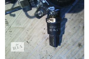 б/у Датчик давления топлива в рейке Renault Kangoo