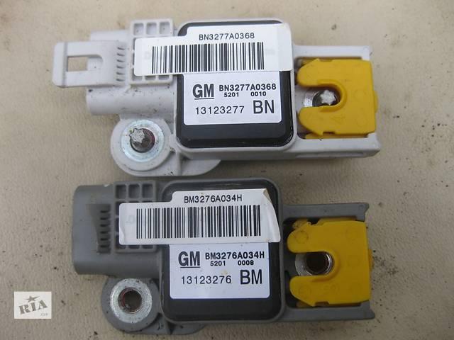 купить бу Б/у датчик удара датчик удара сенсор Opel Vectra C в Львове