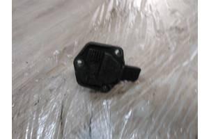 б/у Датчики давления масла Volkswagen Caddy