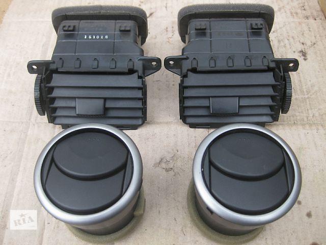 продам Б/у дефлектор для легкового авто Mazda 3 бу в Львове