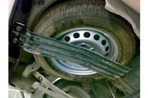 б/у Держатели запаски Volkswagen Caddy