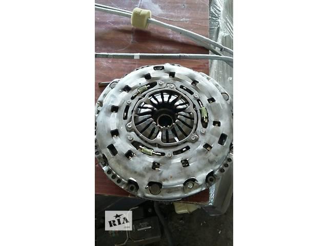 купить бу Б/у Детали двигателя Демпфер щеплення Маховик Volkswagen Crafter Фольксваген Крафтер 2.5 TDI 2006-2010 в Луцке