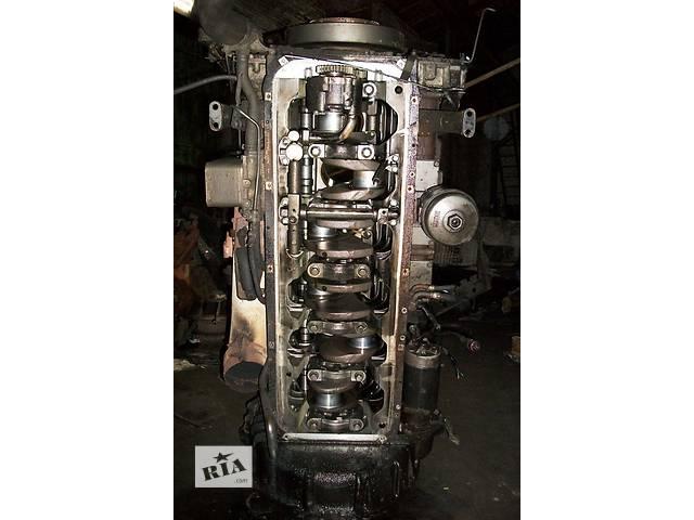 купить бу б/у Детали двигателя, Головка Блок ДАФ DAF XF95 380 Евро3 2003г в Рожище