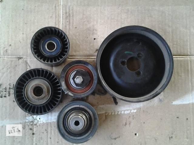 купить бу Б/у Детали двигателя Ролик ГРМ Volkswagen Crafter Фольксваген Крафтер 2.5 TDI 2006-2010 в Луцке
