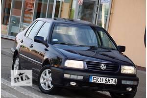 б/у Крыло переднее Volkswagen Vento