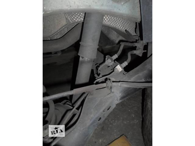 купить бу Б/у Детали кузова Трос капота Renault Рено Кенго Канго 2008-14 г.г. в Луцке