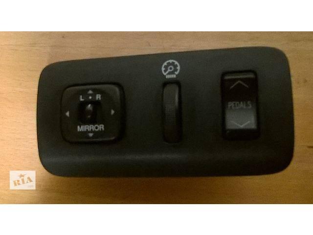 продам Б/у блок кнопок в торпеду 84872-60040, 84119-33140, 84929-33030 для седана Lexus ES 330 2004,2005г бу в Киеве