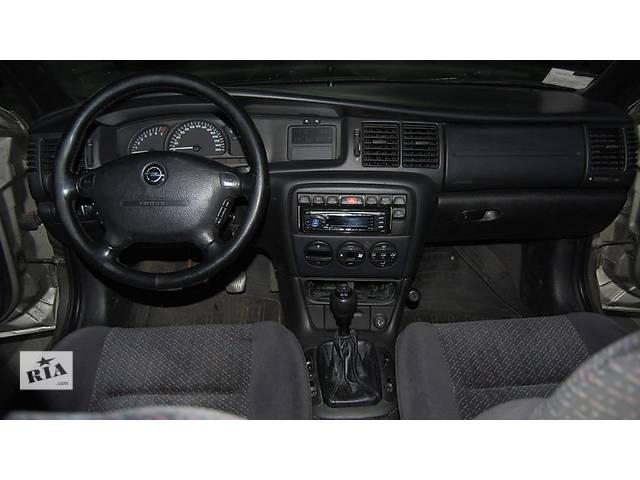 купить бу Opel Vectra A/ B - Omega в Луцке