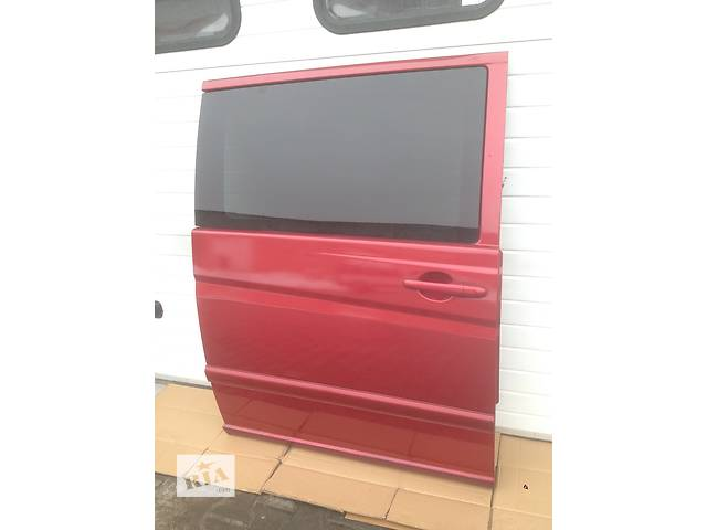 купить бу Б/у дверь боковая сдвижная для Mercedes Vito 639 в Луцке