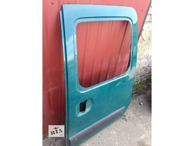 продам Б/у дверь боковая сдвижная для легкового авто Renault Kangoo бу в Луцке