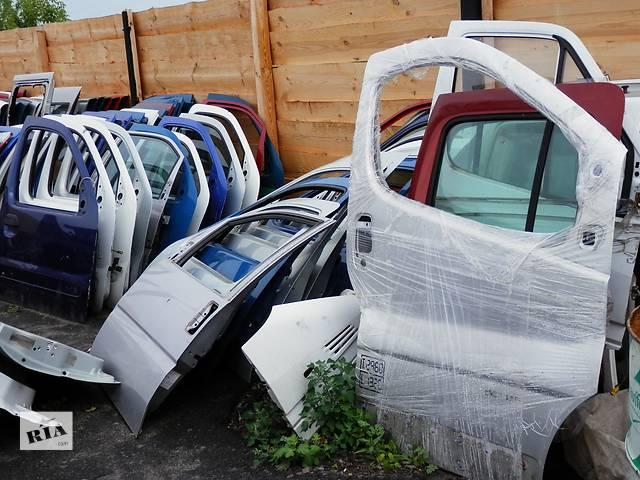 бу Б/у дверь боковая сдвижная для минивена Renault Kangoo в Радивилове