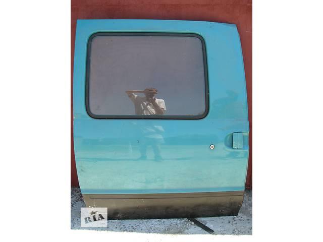 купить бу Б/у дверь боковая сдвижная R Nissan Vanette грузовой 1996 в Броварах