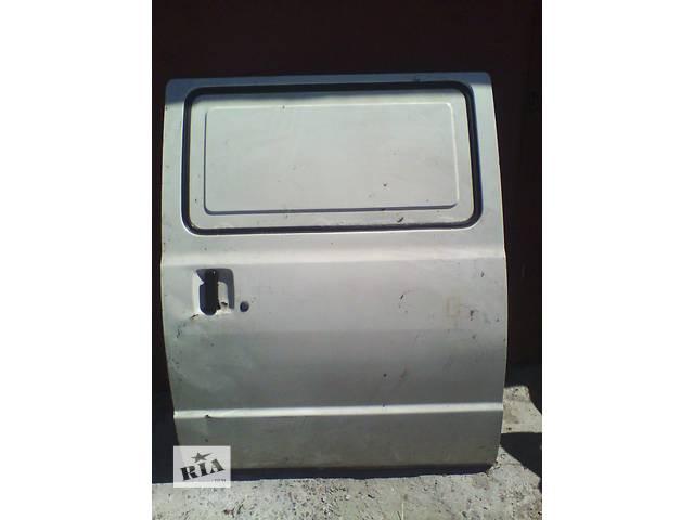 Б/у дверь боковая сдвижная п Ford Econovan- объявление о продаже  в Броварах