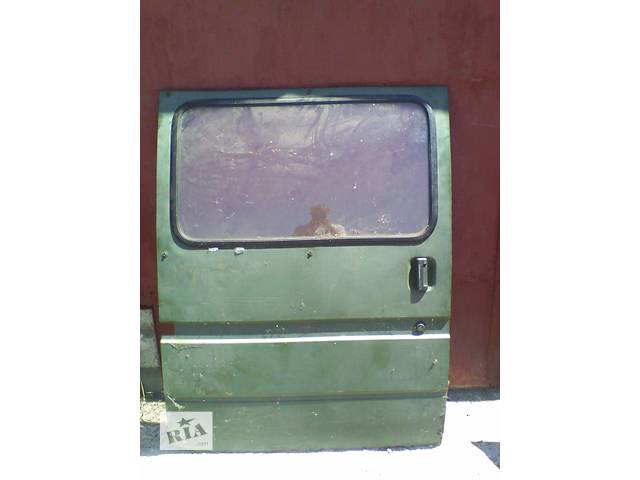 купить бу Б/у дверь боковая сдвижная п Ford Transit 1995 в Броварах