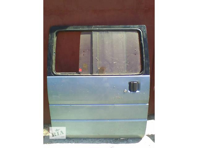 Б/у дверь боковая сдвижная п Nissan Vanette 1992- объявление о продаже  в Броварах
