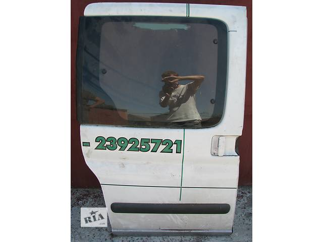 Б/у дверь боковая сдвижная Peugeot Partner/Citroen Berlingo- объявление о продаже  в Броварах