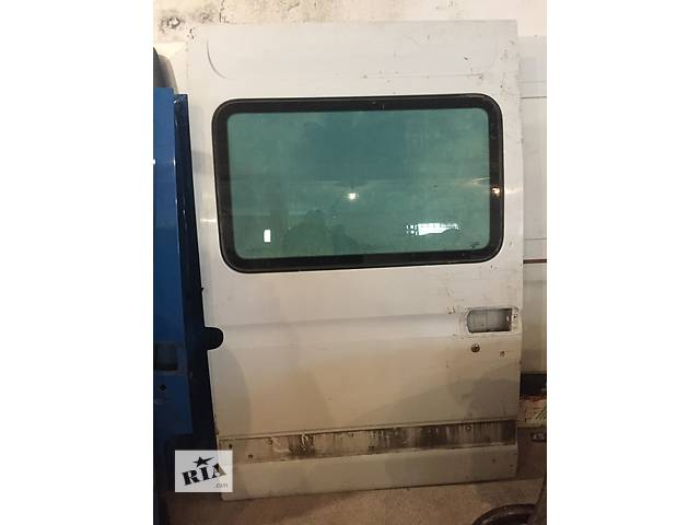 бу Б/у дверь боковая сдвижная правая высокая для грузовика Renault Mascott Master 97-10 в Ужгороде