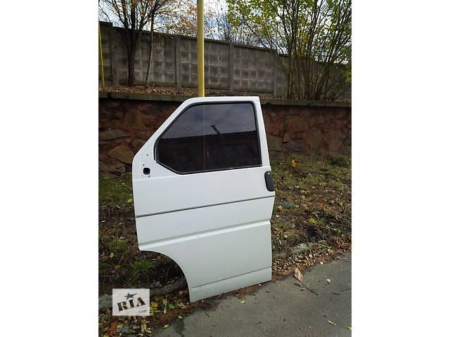 продам Б/у дверь передняя для автобуса Volkswagen T4 (Transporter) бу в Ровно