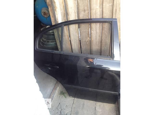 купить бу Б/у дверь передняя для хэтчбека Skoda Octavia в Луцке