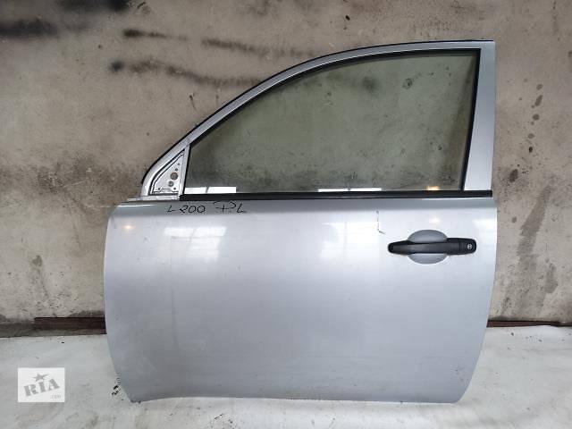 купить бу Б/у дверь передняя для кроссовера Mitsubishi L 200 в Ровно
