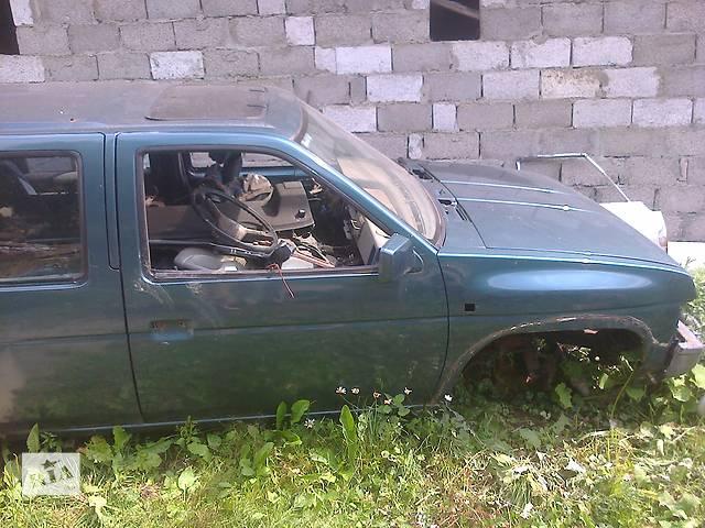бу Б/у дверь передняя для кроссовера Nissan Terrano II в Межгорье (Закарпатской обл.)