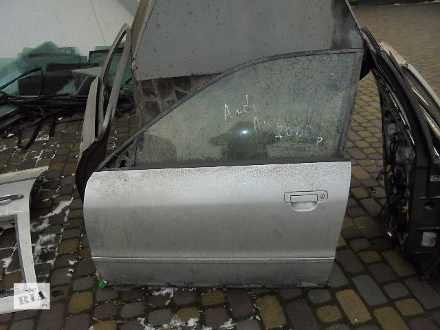 продам Б/у дверь передняя для легкового авто Audi A4 2000 бу в Львове