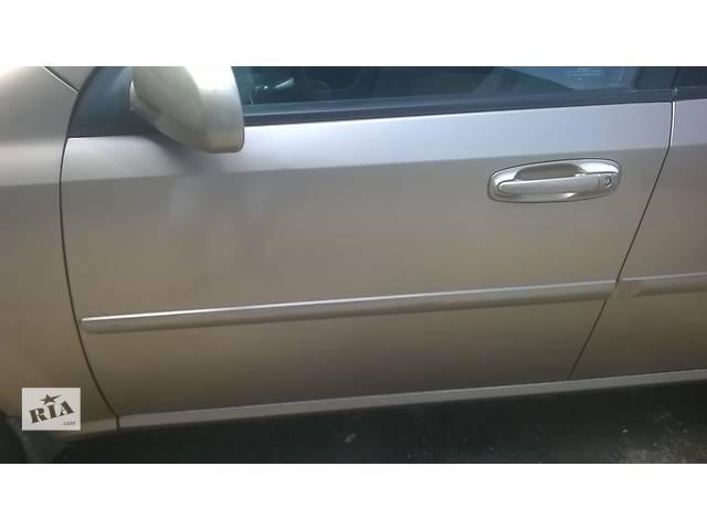 продам Б/у дверь передняя для легкового авто Chevrolet Lacetti бу в Ровно